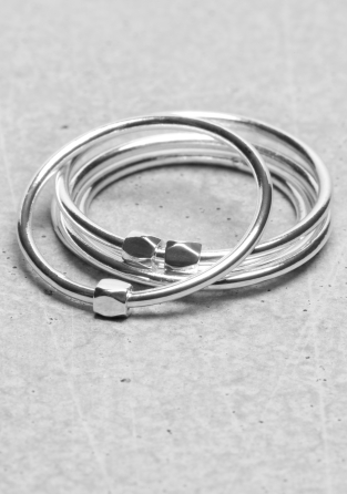Thin brass rings | Thin brass rings | & Other Stories