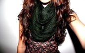 scarf,floral,top
