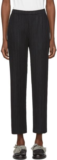 PLEATS PLEASE ISSEY MIYAKE pleated black pants