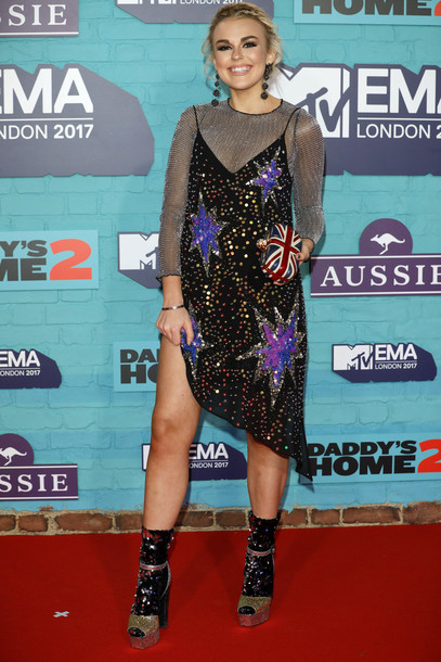 dress tallia storm top sandals mtv ema awards