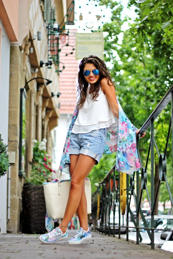 fashionhippieloves scarf bag shoes jeans