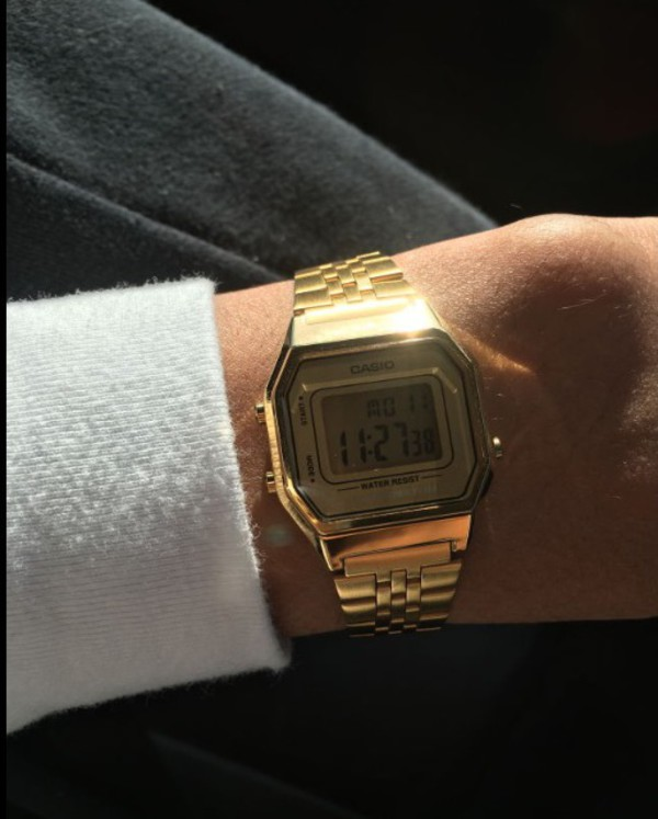 casio ladies digital bracelet retro lcd gold watch la. Black Bedroom Furniture Sets. Home Design Ideas