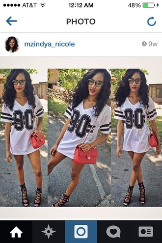 white cute black heart eyes jersey stripes oversized oversized t-shirt lovely love it tie up heels beauty