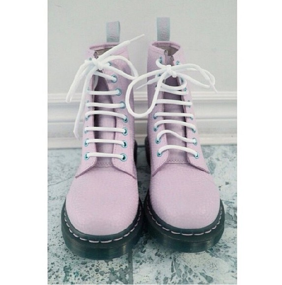 shoes DrMartens pastel purple