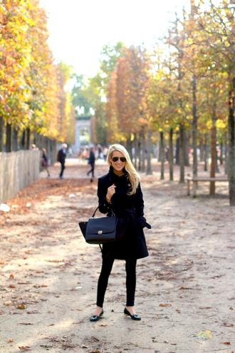 krystal schlegel blogger jeans burberry sunglasses bag