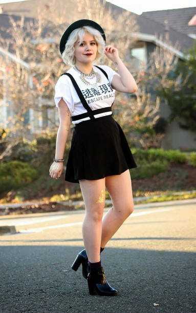 broke hell blogger hat suspenders white t-shirt graphic tee mini skirt