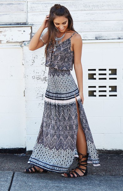 Maxi dress country