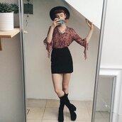 shoes,suede,block heels,knee high boots,black boots,boots,black skirt,black hat