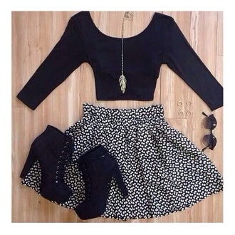 skirt black crop top daisy skirt skater skirt feather necklace necklace chain gold booties cute outfits outfits spring outfits spring fun adorable shirt sunglasses jewels shoes