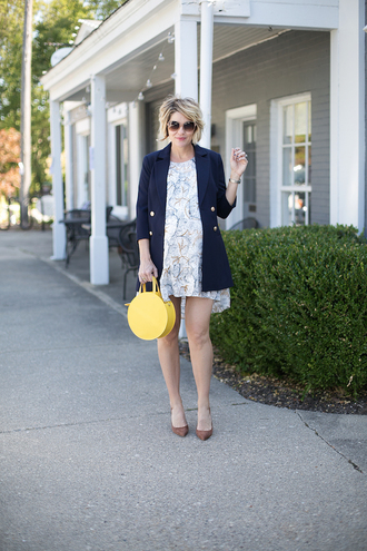 style archives - seersucker and saddles blogger jacket dress shoes bag jewels t-shirt fall outfits blue coat round bag yellow bag pumps
