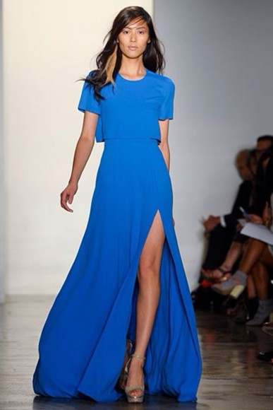 runway dress color, shape
