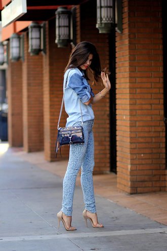 fake leather jeans shoes jewels make-up