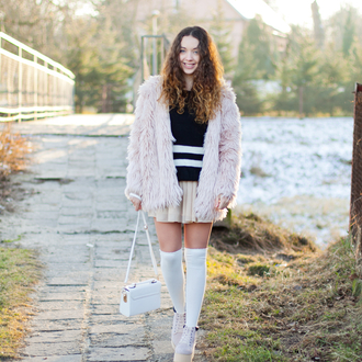 kolorowa dusza blogger pink jacket baby pink knee high socks mini skirt fuzzy coat sweater skirt socks jewels bag shoes