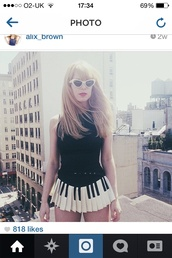 skirt,pretty,music,shirt,lyrics,lace,sunglasses,white,hipster,bikini,t-shirt,skater skirt,pastel,pastel goth,black,black and white,pleated skirt