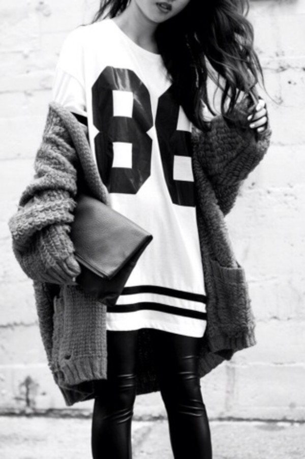 shirt number tee sweater clothes black cute tumblr t-shirt bag baggy cardigan jacket grey cardi oversized cardigan 86 black and white jersey shirt nasty jersey dress oversized long dress black dress white jersey dress rust top