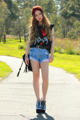 chloe ting shorts bag t-shirt jewels shoes