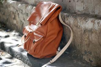 bag brown leather backpack pockets vintage