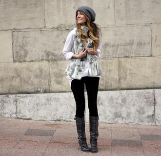 faux fur jacket blogger black boots rebel attitude knitted beanie