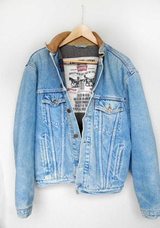 jacket clothes jeans hook blue button denim vintage levis levi's denim denim jacket vintage boyfriend jacket boyfriend coat coat denim jacket vintage coat blue jean jacket blue denim buttons collar roll up sleeves winter outfits hipster boho grunge jean jackets