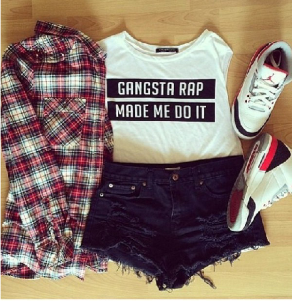 blouse shorts t-shirt