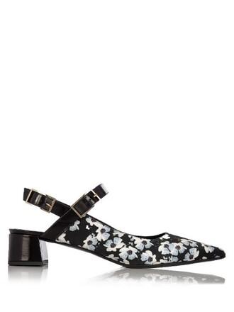 rose pumps print satin white black shoes