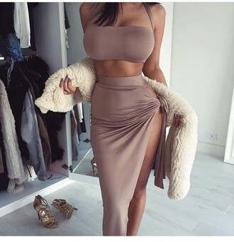 skirt outfit outfit idea summer outfits cute outfits spring outfits date outfit party outfits pencil skirt slit skirt high waisted skirt top summer top cute top crop tops tube top two piece dress set two-piece trendy clothes clubwear fashion style stylish sleeveless sleeveless top