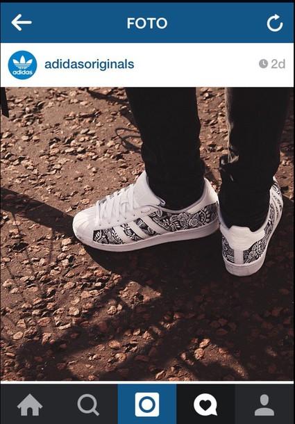 shoes adidas superstars black white