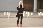 meri wild,blogger,adidas,sweatpants,down jacket,jacket,pants,bag,shoes,make-up