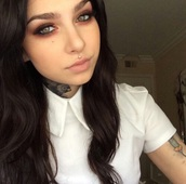 jewels,make-up,girl,alternative,tattoo,sleeve,neck,collar,fashion,piercing,medusa,cupid's bow,septum piercing,nose ring,nose,jewelry,accessories,white,black,hair,collared shirts