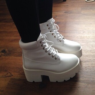 shoes boots white shoes white boots all white shoes white laces grunge soft grunge high heels platform shoes platform lace up boots platform boots timberlands swag tunblr dope fashion cute kawaii kawaii grunge hipster art hoe hoe mid heel boots