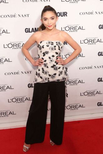 top rowan woman of the year awards glamour black white floral pants silver strapless young girl women of the year tail rowan blanchard sandles strappless top mermaid tail shoes