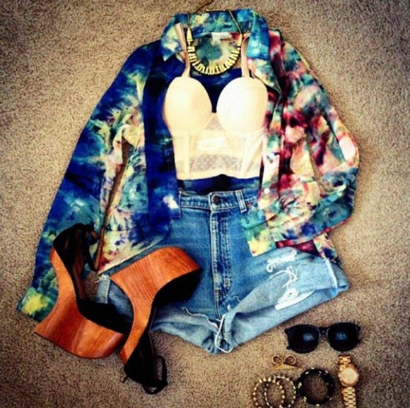 shoes wooden wedges wedges blouse dye tie-dye top summer outfits bustier wedge platform shoes heeless wooden shorts tie dye tank top shirt button up multicolor