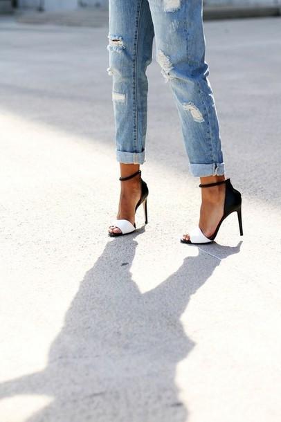 Shoes ripped jeans high heels heels black white jeans boyfriend jeans u0431u043eu0441u043eu043du043eu0436u043au0438 black ...