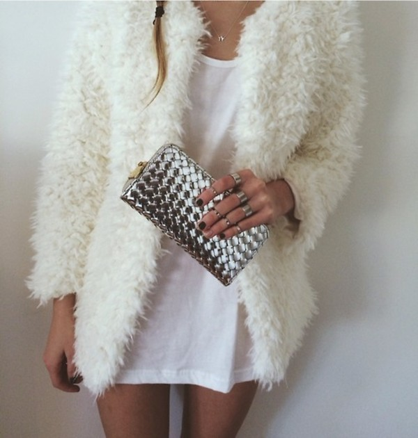 coat white winter coat necklace ring clutch sweater silver ring bag jewels