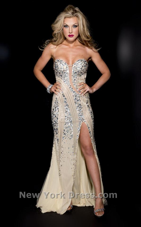 Jasz Couture 4925 Dress - NewYorkDress.com