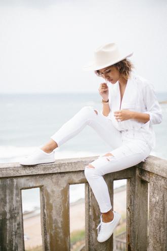 trop rouge blogger top jeans shoes jewels