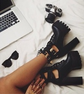 shoes,black,grunge,high heels,gold,jewels,heels,platform shoes,cute