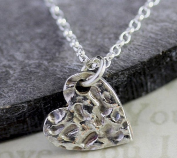 jewels silver cute silver necklace necklace shiny heart jewelry heart pretty