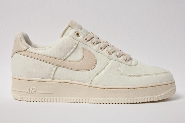 Nike Air Force 1 Low (Light Retro Green) Sneaker Freaker