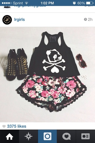 shorts pink floral roses floral shorts cute lace lace trim shirt shoes skull pom pom shorts red