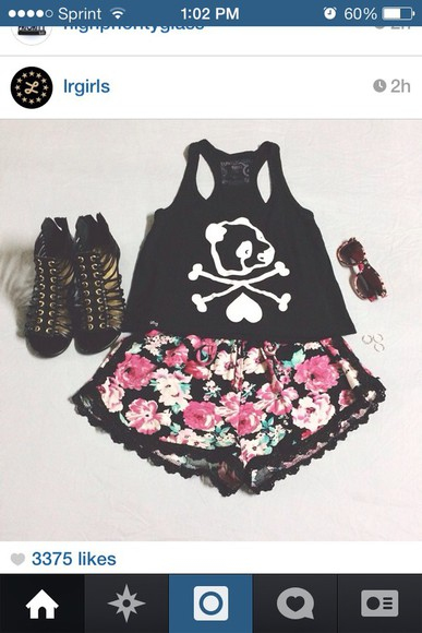 shorts floral floral shorts pink cute pom pom shorts red shoes shirt floral shorts roses lace lace trim skull