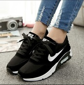 shoes,nike,nike shoes,black,white,black and white,nike sneakers,nike running shoes,nike air,nike air force 1,nike pro,nike air max 90,nikes