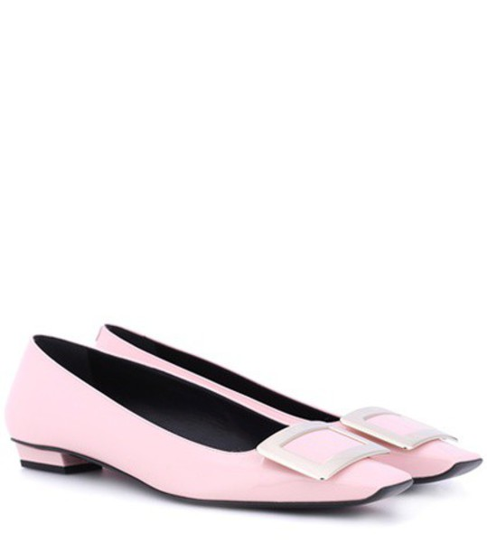 Roger Vivier leather pink shoes