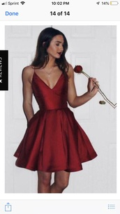 dress,same color and style