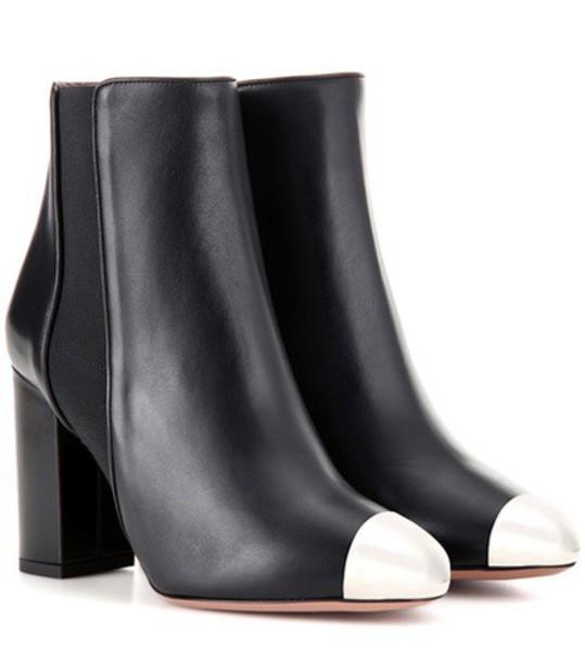 Aquazzura Nova 85 Leather Ankle Boots in black