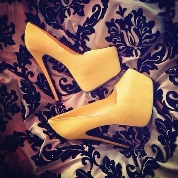 yellow pumps high heels