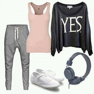 t-shirt sweater pants yes shoes shirt white grey black tank top top sweatpants grey comfortabel sweatpants