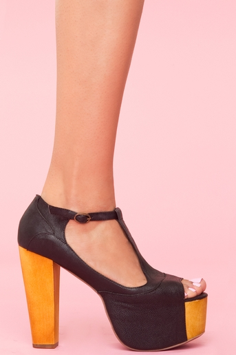 f8b35b9bfd0 Foxy Platform - Black in Shoes at Nasty Gal