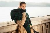 perla oreneta,coat,scarf,pants,shoes,bag
