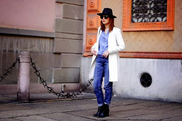 onto my wardrobe shoes shirt jeans coat jewels pants